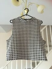 NEW LOOK LADIES BLACK AND WHITE CROPPED TOP SIZE 14
