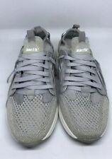 New Earth Shoes Gavillan Woman Sneaker Walking Hiking Trainer Silver (Size 9.5)