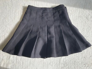 Womens Bkack Pleated Skirt H&M Size Uk 8