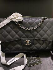 Chanel Caviar Acolchado Negro Bolsa Doble Tapa De Clásico Jumbo hardware de plata