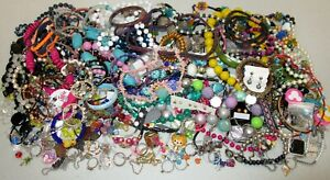 Young Girls Jewelry Lot 140 pcs Fashion Play Dress up Necklaces Rings Earrings +