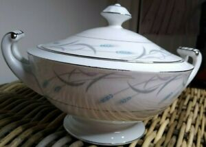 Valmont China Royal Wheat Round Footed Covered Vegetable Dish Bowl platinum trim