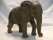 Statue de collection LEONARDO -  ELEPHANT DEBOUT -  Petit Modèle