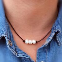 Collar de cuero para mujer con 3 perlas naturales de rio hecho a mano en España