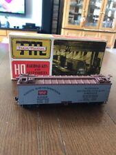Ho Scale Train Miniatures 2405 Wooden Reefer Green Bay & Western Rtr