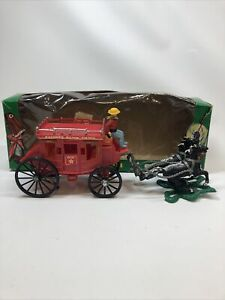 VINTAGE WESTERN EXPRESS STAGECOACH PLASTIC PLAY SET IN BOX #539