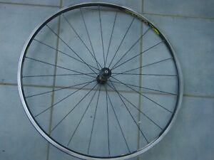 Mavic Cosmos Front Wheel 28 inch 622-15 New 24 Spokes Type 6106 Systemlaufrad
