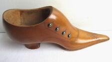 Sculpture bois XIXème, soulier verni, chaussure en buis, travail de maîtrise?