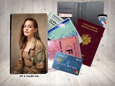 victoria pedretti you 001 carte identité grise permis passeport card holder