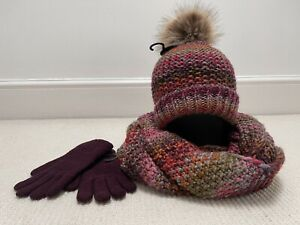 New WithT Hat, Scarf & Gloves One Size