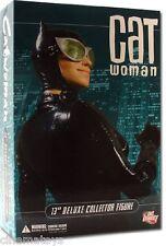 """Dc Direct Batman Comics Catwoman Selina - 13"""" Sixth Scale Action Figure - 35Cm"""