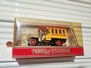 Matchbox Yesteryear 1990 Rare RED Roof Y44A 1910 Renault Bus (On LEFT inPicture)