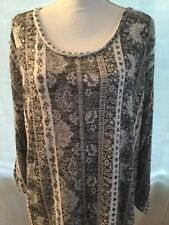 New listing Almost Famous Woman's Plus Lightweight Top Size 3X