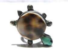 PRETTY LITTLE STERLING SILVER TURTLE WITH TURQUOISE SOUTHWESTERN RING SIZE 4.25
