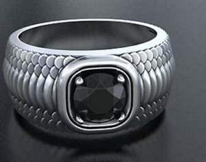 Amazing Snake Skin Design Band With Deep Black Onyx Solitaire Men's Fine Ring
