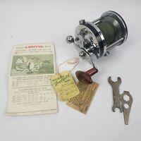 Vintage Pflueger CAPITOL 1988 Reel Saltwater Fishing Reel Great Condition