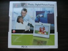 ZIGA PHOTO DIGITAL PICTURE FRAME 7 INCH with BLACK & WHITE FACEPLATES NEW IN BOX