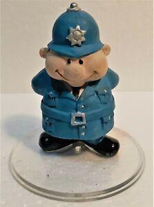 vintage policeman figure figurine - Resin
