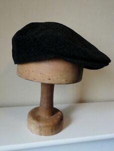 Men's Black Wool & Cashmere Felt Flat Cap With Neck/Ear Flap. XL/60 cm.