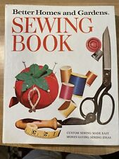 Vintage 1970 Better Homes & Gardens Sewing Book, Five ring binder - Nice!