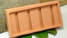 (B0051) Formina in silicone per da Muro in pietra naturale con Pilastri, Scala N