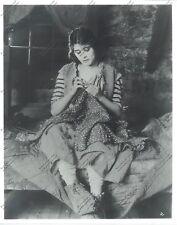 8X10 reprint still vamp Theda Bara as Russian peasant 'The Serpent' Raoul Walsh