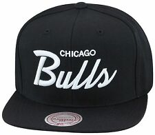Mitchell & Ness Chicago Bulls Snapback Black/White SCRIPT jordan 6 black cat 1