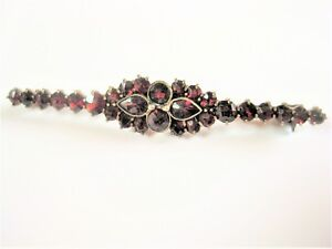 Antique Brooch Gold Plated With Garnet, 0.1oz