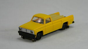 NEW HO Bachmann #46201 MOW Pickup Truck w/Highrailers