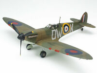 1:48 Aircraft Model Kit Tamiya Super Marine Spitfire Mk.I