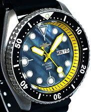 Vintage mens SEIKO 7S26 diver SKX mod YELLOW hands  BLACK Mother of Pearl dial !