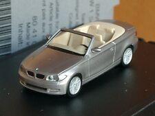 Herpa BMW 1er Cabriolet (e88), Cachemire argent, Dealers Modèle - 039 - 1:87