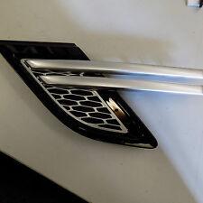 Genuine Rangerover Sport E3 14- L/H fender grille Atlas silver/black LR062115
