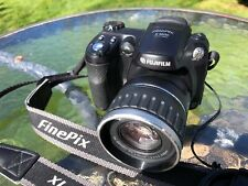 Fuji Finepix S5600 5.1mp 10x Optical Zoom Bridge Camera