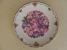 Royal Albert Bone China Plate Queen Mothers Favourite Flowers Series Sweet Peas.