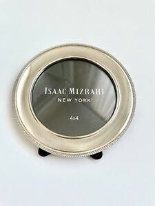 Isaac Mizrahi Silver Color Round Picture Frame 4x4 NWOT