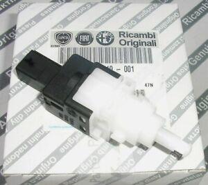 Genuine Fiat 500 Brake Light Switch - 46840510