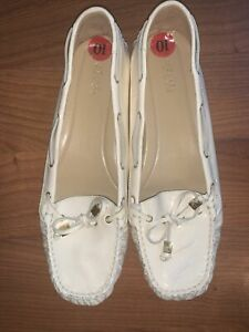 MICHAEL KORS Ivory Moccasin Patent Leather Shoes Size 10