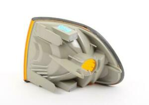 BMW E38 7-Series Front Right Turn Signal Light With Yellow Lens Genuine