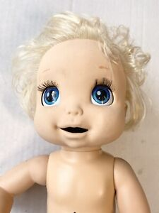 Hasbro Blond Baby Alive Eats Drinks Wets and Talks