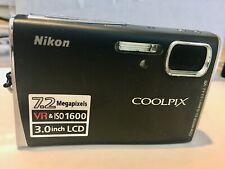 Nikon COOLPIX S50 Digital Camera -Bundle-  Matte black 7.2MP