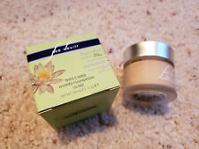 Sue Devitt Triple C-Weed Whipped Foundation Oil Free Quiet & Still