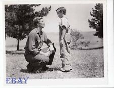 Night Of The Hunter Vintage Photo Peter Graves