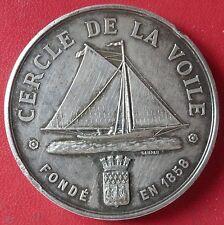 MÉDAILLE ARGENT PAR CAMPAN ET AGRY - CERCLE DE VOILE.PARIS FONDE EN 1858 -