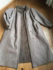Vintage-Jacken & -Mäntel für Damen mit Pelz Größe 42