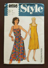 Style-2698 Vintage1970's Dress Sewing Pattern Bust 31 ½ Cut & Complete