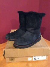 Womens UGG Shanleigh Black Braid Sheepskin Suede Short Boots Size 8