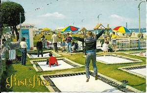 Unposted Vintage Colour Postcard Ryde Isle Of Wight The Trampolines Seaside 1980