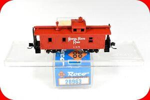 N Scale NKP NICKEL PLATE ROAD Cupola Caboose #135, ROCO 28963, Micro Trains Cplr