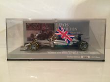 Minichamps 410140544 Lewis Hamilton World Champion 2014 Abu Dhabi